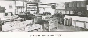 knuttihall_manualtrainingshop_picket_jan1916